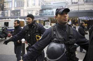 Τρομοκρατική ενέργεια στη Γαλλία: Νεκρός ο δράστης του σούπερ μάρκετ - 3 τα θύματα