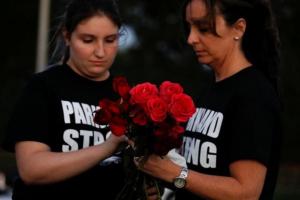 Φλόριντα: Σερίφης βρέθηκε στο λύκειο Πάρκλαντ στο μακελειό και δεν επενέβη