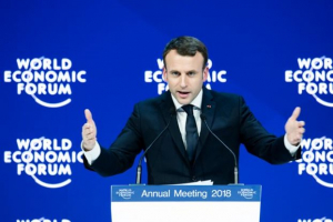 Γαλλία: Κάτω από το 50% η δημοτικότητα του Μακρόν