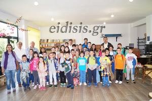 40 μαθητές και οι δάσκαλοι του Μικροκάμπου στα γραφεία μας