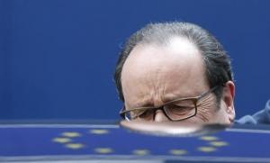 Ολάντ: «Μείζων κίνδυνος» η άκρα δεξιά στην προεδρία της Γαλλίας