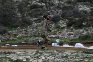 Κουρδικές δυνάμεις έπληξαν στρατιωτικούς στόχους σε τουρκικό έδαφος