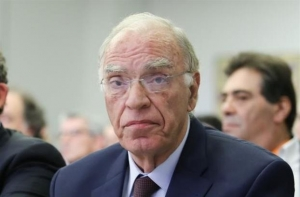 Λεβέντης: Θα έκοβα άλλα 200 ευρώ από συντάξεις για τις ένοπλες δυνάμεις