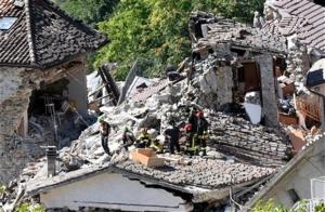 Η Ιταλία μετρά νεκρούς, η κυβέρνηση υπόσχεται κεφάλαια και μέτρα στήριξης