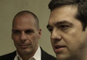 Βαρουφάκης σε Τσίπρα: Είσαι εντελώς ηλίθιος που δέχθηκες πλεονάσματα 3,5%;