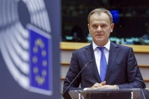 Αισιοδοξία Τουσκ για συμφωνία στο Brexit πριν από τον Δεκέμβριο