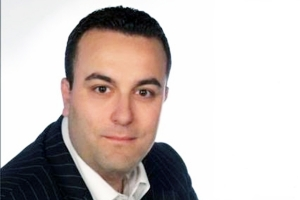 Λάζαρος Παζαρτζικλής :Να τοποθετηθούν κυτία  για να καταθέτουν  ενυπόγραφα τα προβλήματά τους οι δημότες .