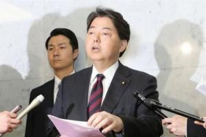 Ιαπωνία: Η γυμναστική υπουργού Παιδείας που οδήγησαν σε «γιόγκα γκέιτ»