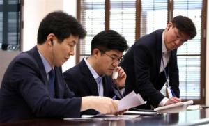 Κόκκινη τηλεφωνική γραμμή μεταξύ των ηγετών των κορεατικών κρατών